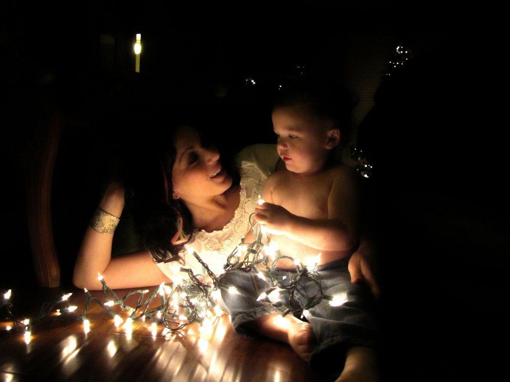 kid mom lights